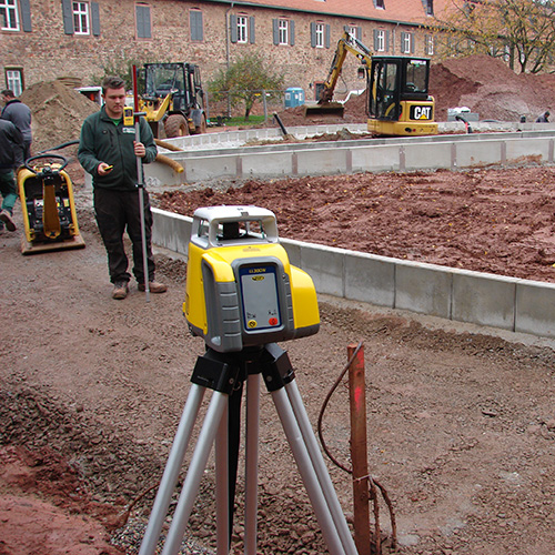 Spectra LL300N-X Automatic Self-Leveling Laser Level 3